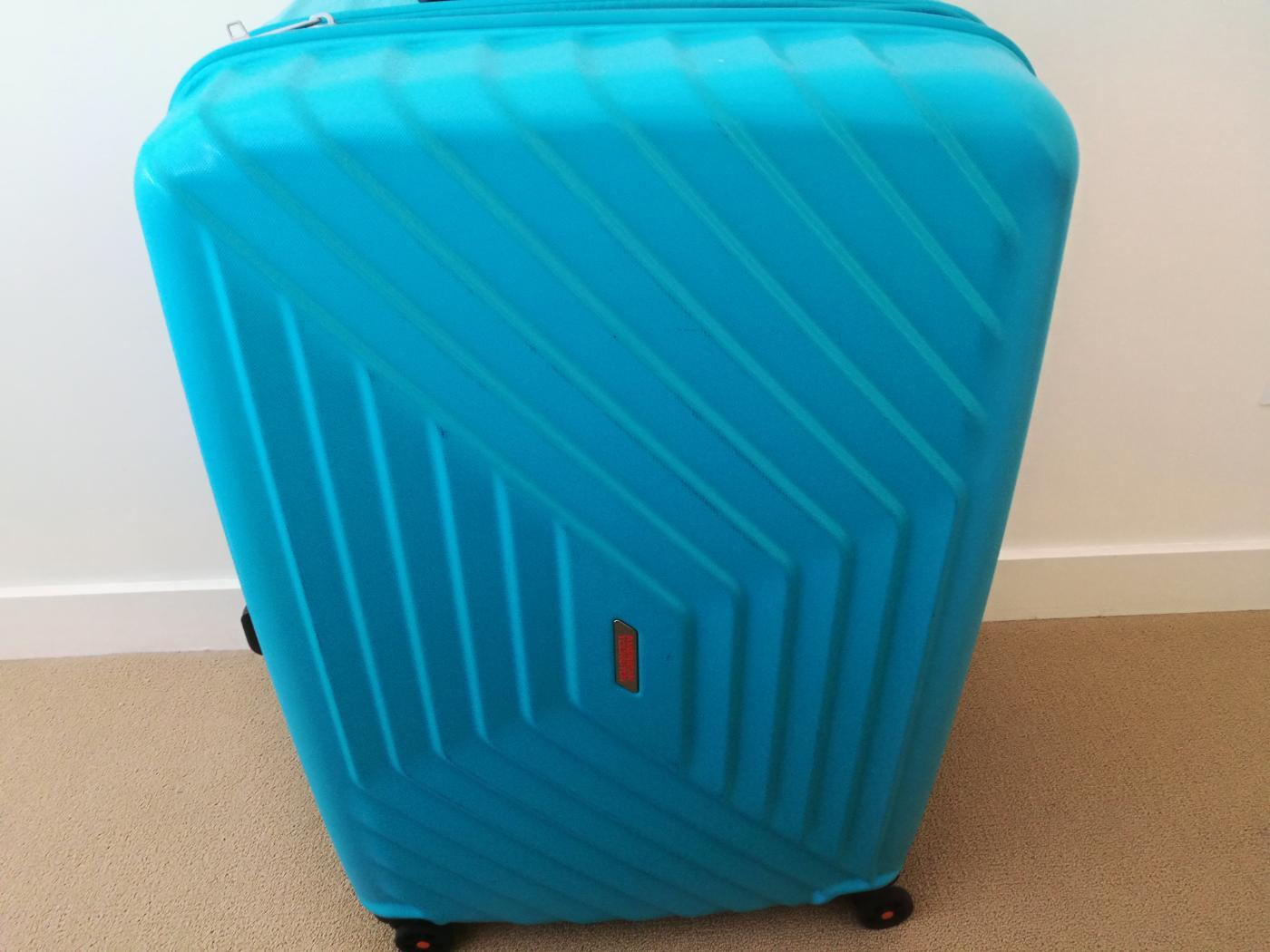 アメリカン・エクスプレスのスーツケース「エアフォースワン」水色96.5L76cm
